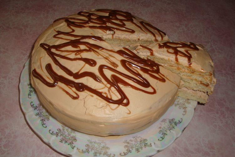 Торт «Молочная Девочка» на сгущенке