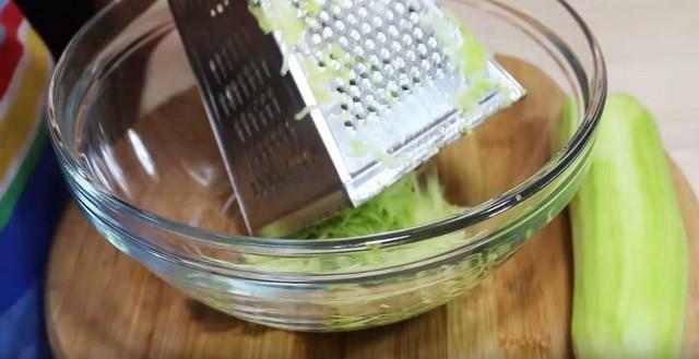 Оладьи из кабачков, рецепты оладьев из кабачков приготовленных быстро и вкусно