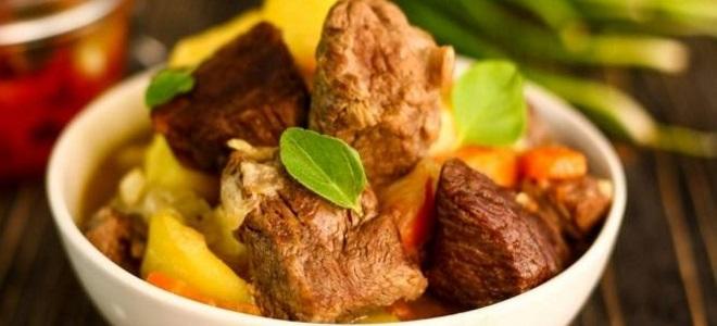 Жаркое по-домашнему – одно из самых любимый блюд едоков любого возраста.