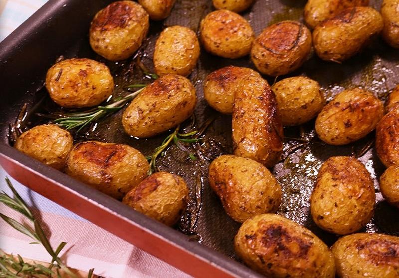 Так картофель ты еще не готовила! Самый аппетитный гарнир, который я ела… Изумительное лакомство с секретной добавкой!