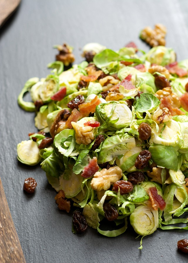 Мы собрали 12 вкуснейших салатов, которые стоит сделать.