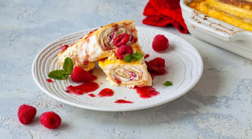 Запеченные блинчики с творогом и ягодами, самый идеальный завтрак!
