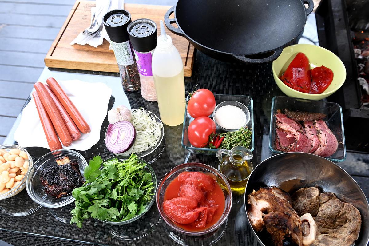 Немецкий мясной суп айнтопф: лучше всего готовить после шашлыков