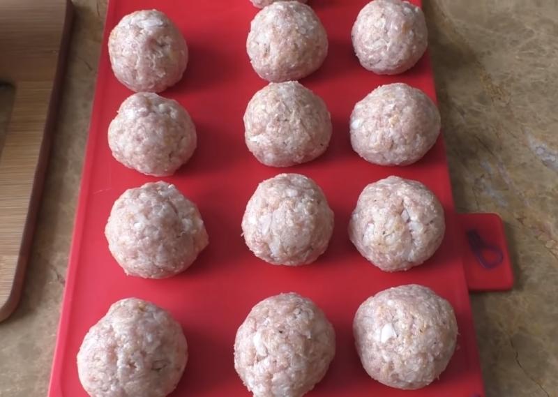Нежные, как облако! 25 шариков чистого удовольствия: чем больше чеснока, тем лучше. Пример идеального сочетания продуктов.