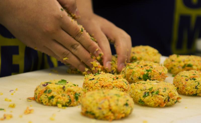 Аппетитные овощные галеты: сочность и польза на высоте! Сбалансированный вкус и ничего лишнего.