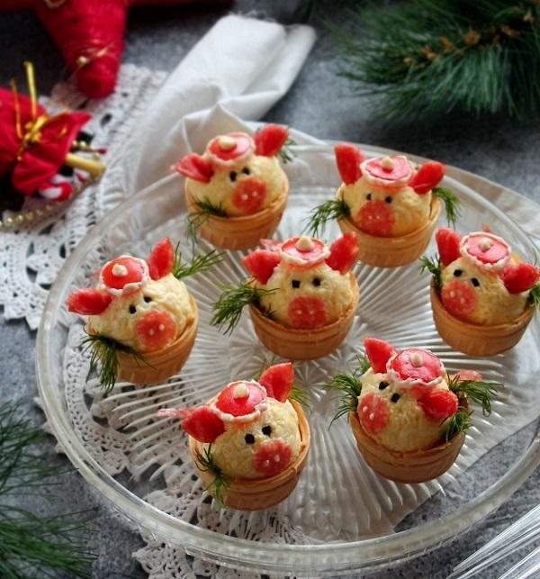 Эта закуска должна быть на каждом праздничном столе в Новый год! Гости будут умиляться.