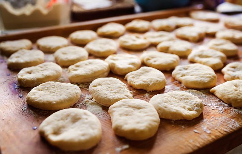 Инструкция по приготовлению плюшек с сахаром
