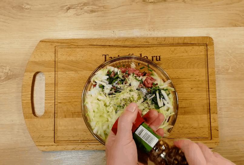 Мясные лодочки на сковороде: просто, сытно и вкусно