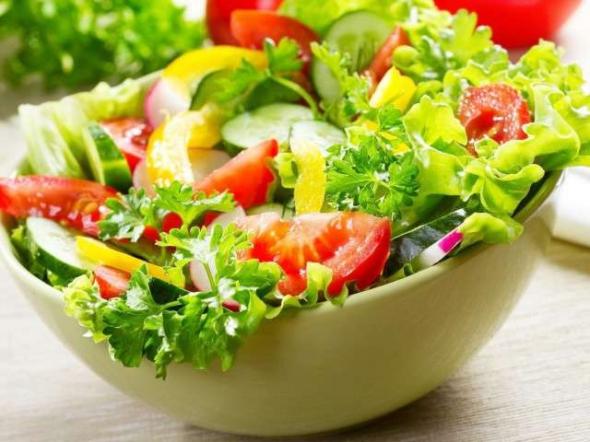 5 простых салатов для быстрого похудения. Летом лучше не придумать!