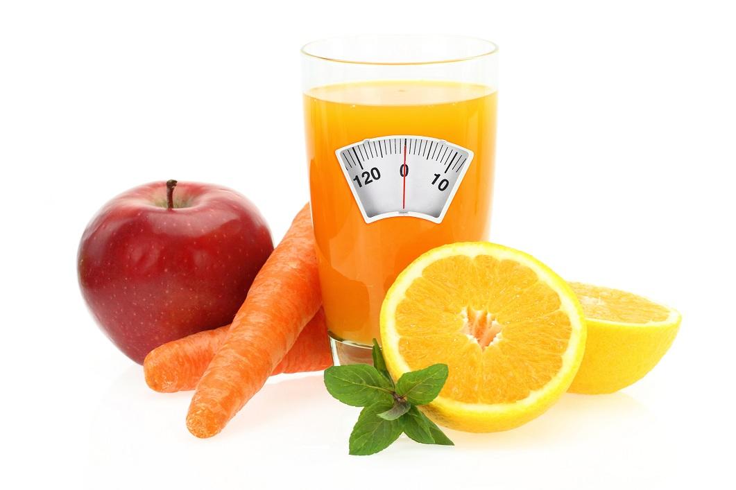 Свежевыжатые соки для похудения. Какие фрукты подходят лучше всего?